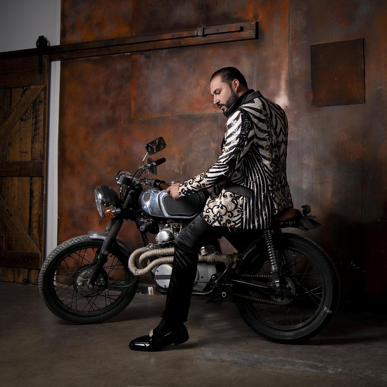 """Saul """"El Jaguar"""" Alarcón Photography Eraser Studio Los Angeles"""